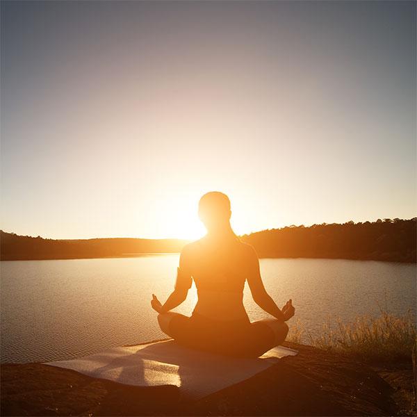 especial yoga solsticio de verano